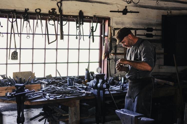artisan adult-1866533_1920